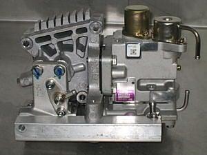 Yamaha 68F-24470-00 : Hitachi Injector Cleaning